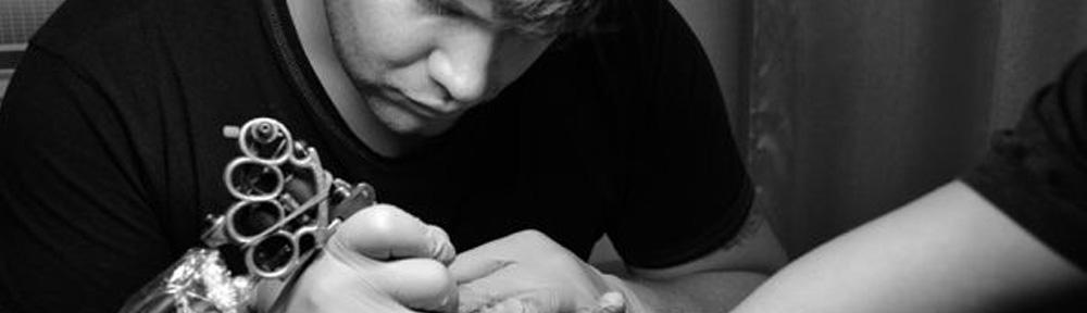 Мастер татуировки в Калининграде Андрей Елисеев +7(4012) 52-41-61
